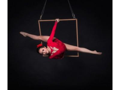 ALINA SULTANOVA aerialist, hula hoop juggling