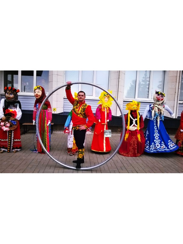 Alena Shakirova  Stilts/Sire wheel