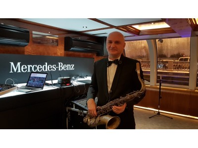 IGOR Saxophonist/singer