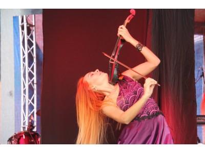 NASTYA LAPTEVA Violin